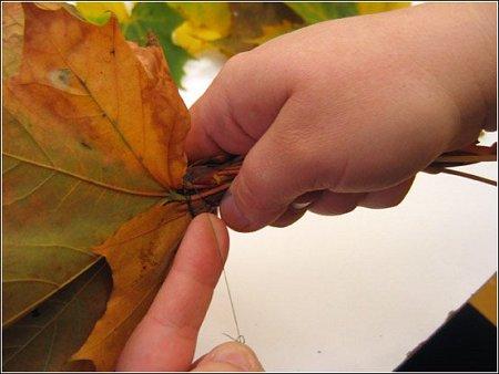 http://lh3.ggpht.com/_q6EEIoA3F3c/SpGIdngvZ7I/AAAAAAAAACM/HdHHUDdUVsU/s512/art-origami-rose-from-mapple-leaf-13.jpg