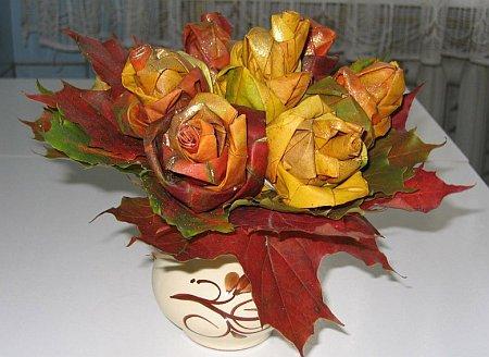 http://lh3.ggpht.com/_q6EEIoA3F3c/SpGIeBG1hMI/AAAAAAAAACU/wXriTAfimIw/s512/art-origami-rose-from-mapple-leaf-15.jpg