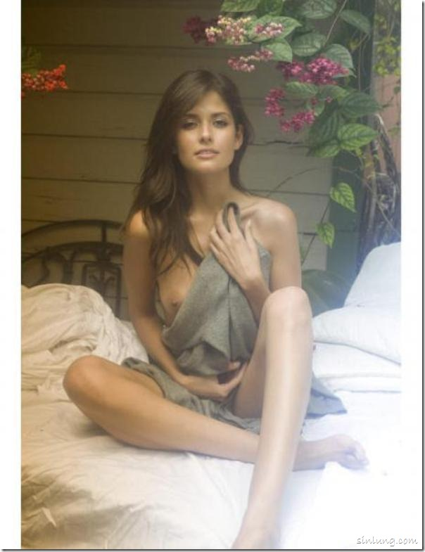 Sexy Colombian Carla Ossa Nude 4