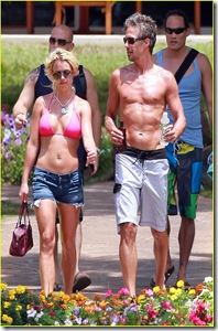 britney-spears-jason-hot-pink-bikini-03