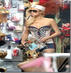 paris-hilton-and-cy-waits-3-211010-2-200x300