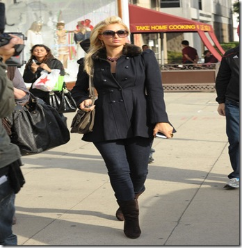 Paris Hilton Paris Hilton Mom Go Shopping Fp0HrwQcVqBl