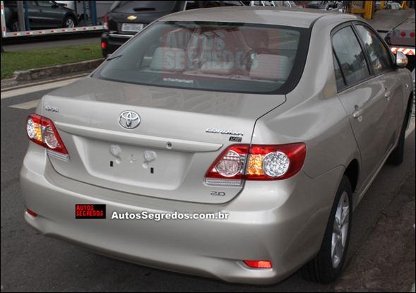 Novo Toyota Corolla reestilizado