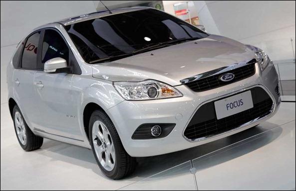 Ford lança o Focus Titanium