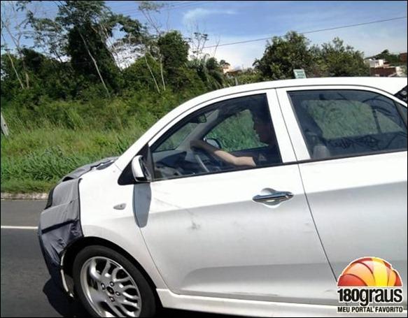 Novo Kia Picanto 2012 é flagrado no Nordeste