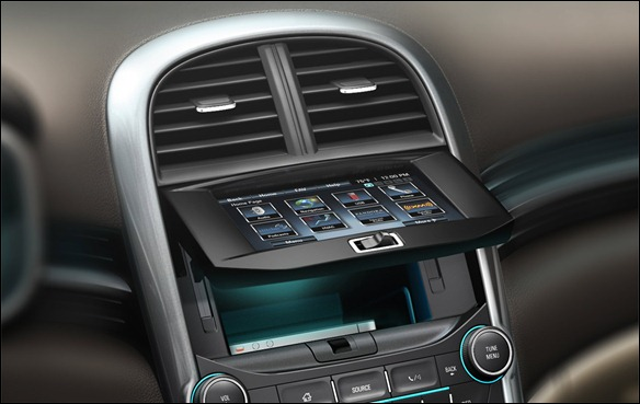 Novo Chevrolet Malibu aparace antes da hora