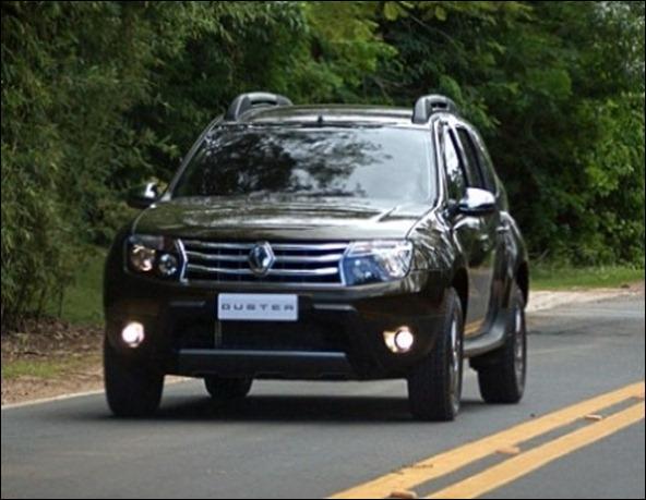 Renault Duster nacional mostra a cara