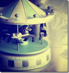 merry_go_round___by_Edhelamarth