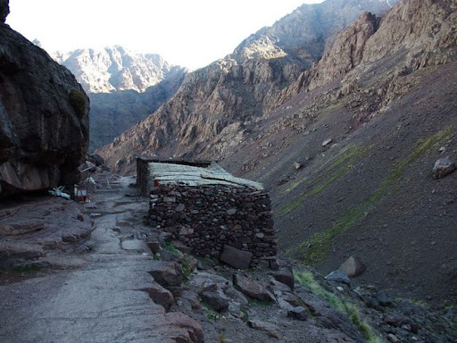 Path from Imlil to Toubkal