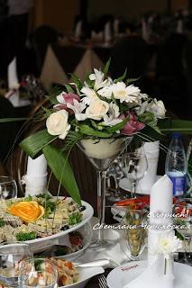 оформление столов для гостей, лекции по флористике