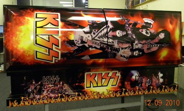 Nem a morte separa: Caixão do Kiss