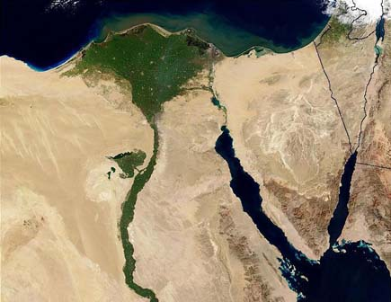 ig21 above nile river 02 14 Most Amazing Satellite Pictures You'll Ever Seen Before