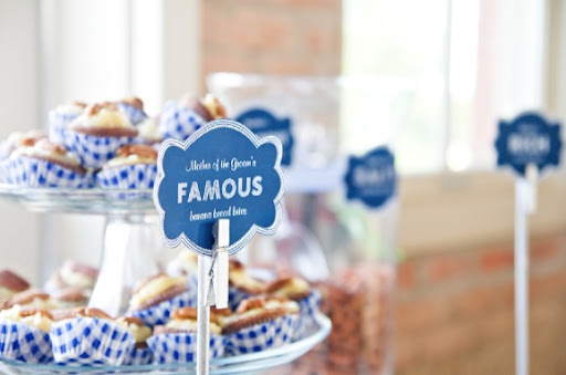 wedding-dessert-bar-ideas-signs.jpg