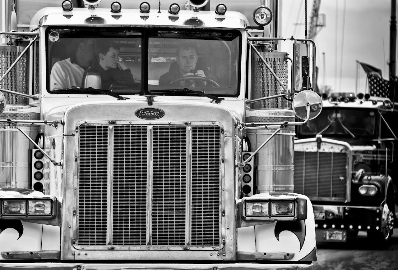 NC at Truckfest 2010 - The truck that Peterbilt... - 28a_yank