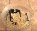 Handphone dalam beras