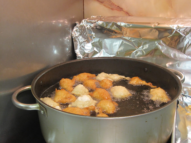 Frying, savory, zeppole - how to make zeppole