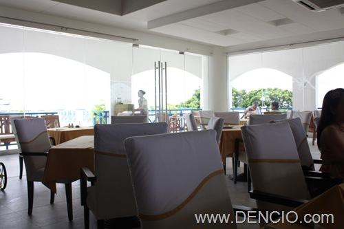 Olive's Restaurant Poro Point08