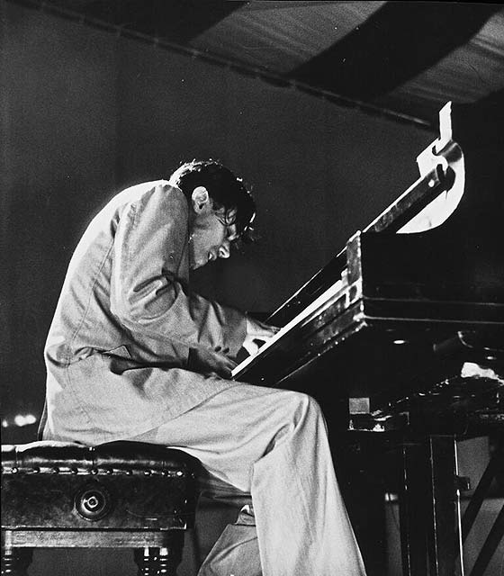Horace Silver, Newport Jazz Festival, Rhode Island (1954 - 1957) © Lisette Model Foundation, Inc.jpeg