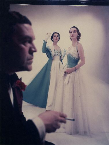 Sir Norman Hartnell with two fashion models.jpg