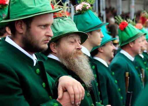 Homens da Oktoberfest 2010