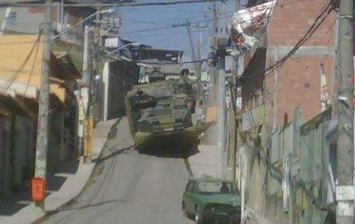 Fotos da guerra no RJ