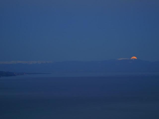 Coucher de lune, hier matin AG013441