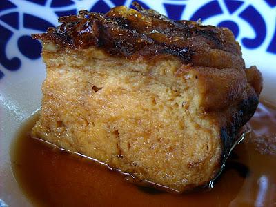 Tortilla (ben gorda) preparada con flambeado de ron