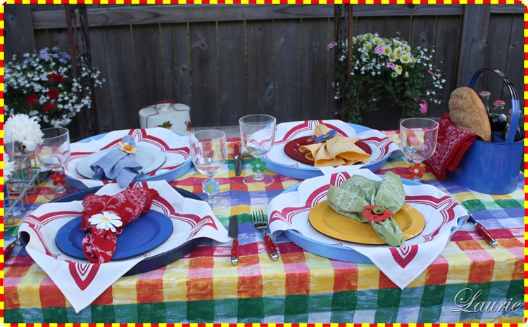 Outdoor Dining-Bargain Decorating with Laurie
