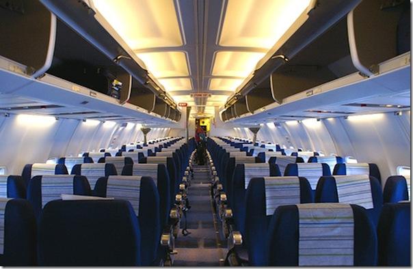 737-800 cabinview