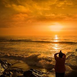 Sunrice by Ева Йорданова - Landscapes Sunsets & Sunrises ( sea, stones, sunrice, sun, coast,  )