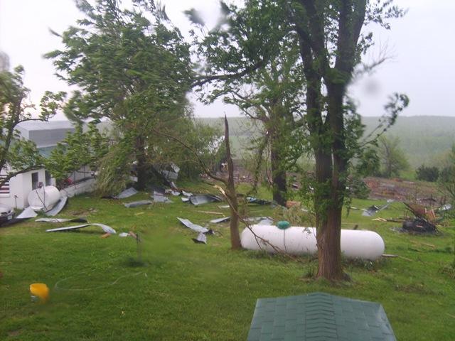 [storm damage 015[3].jpg]