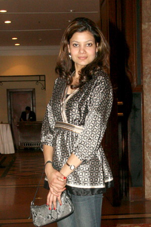 pallavi dhakal height