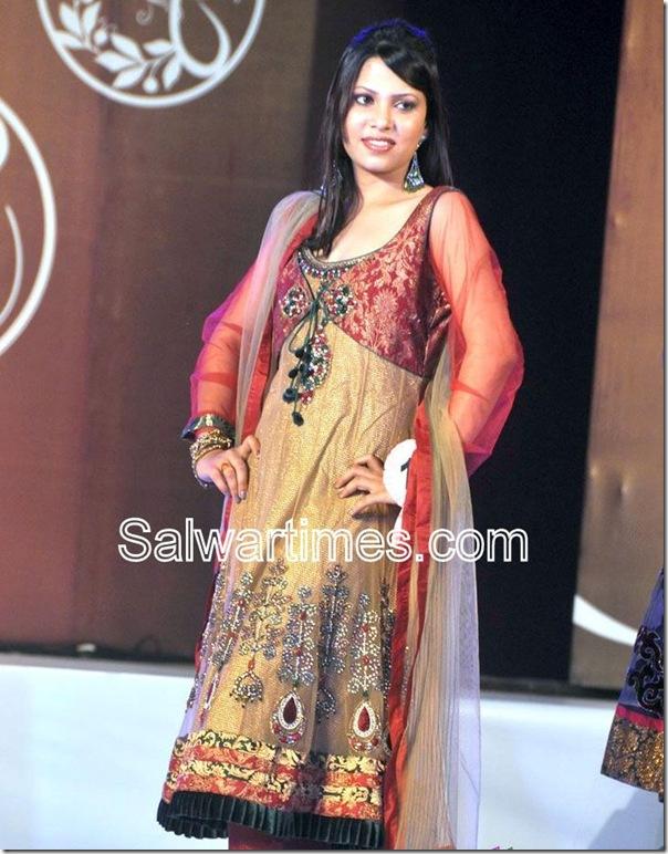 Gold Designer_Salwar_Kameez