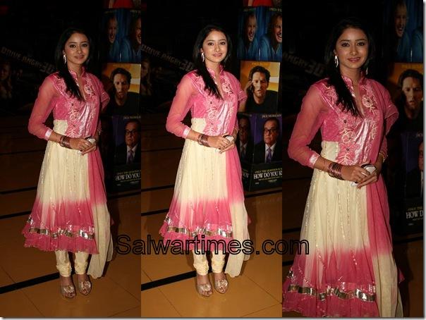 Anushka_Shrama_Cream_Pink_Designer_Salwar_Kameez