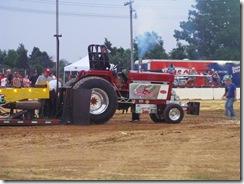 bunnies & tractor pulls 045