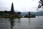 Temple sur l'eau