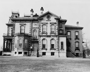 Davis Mansion