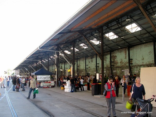 Farmers' market side view