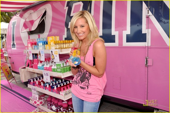 ashley-tisdale-life-pink-04