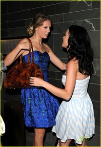 taylor-swiift-katy-perry-dinner-08