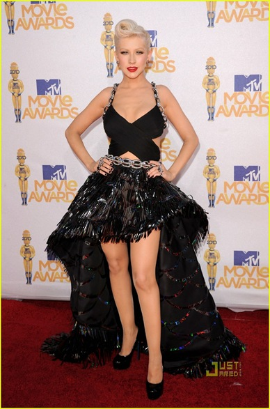 christina-aguilera-mtv-movie-awards-2010-11