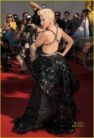 christina-aguilera-mtv-movie-awards-2010-09