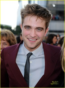 robert-pattinson-eclipse-premiere-01