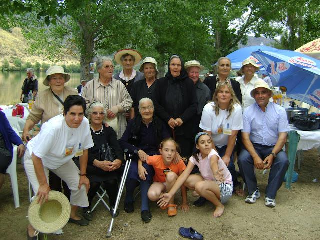 foto convivio idosos 26 junho 2009 foz DSC02032