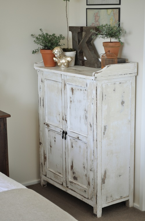 The painted hive the painted hive master bedroom - Muebles shabby chic online ...