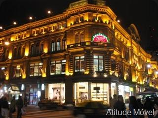 Buenos_Aires_-_Galerías_Pacífico[1]