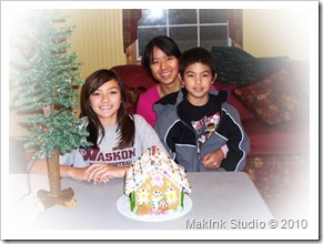 Gingerbread House 2010_edited