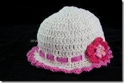DSC_2320 baby hat_520x346
