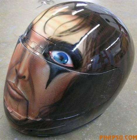 motorcycle-helmet-1.jpg