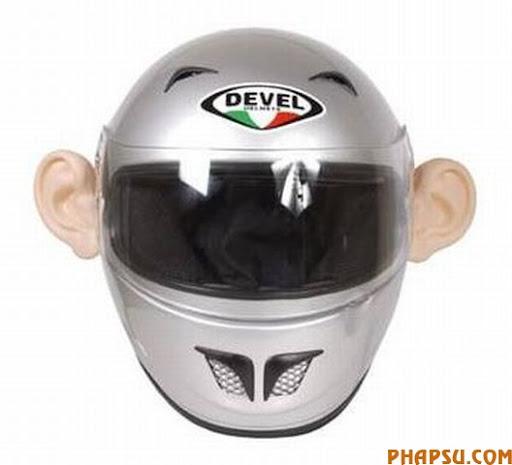 motorcycle_helmet_ears_hlbIw_6648.jpg